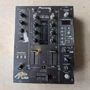 Pioneer DJM400 damaged paintwork but works well - Ex Hire