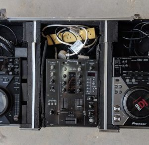 Pioneer 2 x CDJ400 +DJM400 system in roadcase - Ex Hire